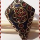 Gyönyörű berakásos lápisz lazuli +korall köves állítható gyűrű elöl 4 cm fotó