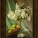 Fehér orgona almákkal.... P.Ildikó gyönyörű olajfestménye fotó