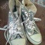 ezüst teljes strasszos gumirozott órru tornacipő 40-es méretben fotó