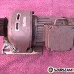 60: 1 talpas hajtóműves villanymotor fotó