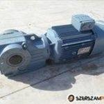 4 kw 96 ford. SEW hajtómű (azonosító: B1680) tipus: SEW KAZ67DRE132S4/RS/TF fotó